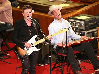 Natalie Maines and Ben Harper at Central Presbyterian Church